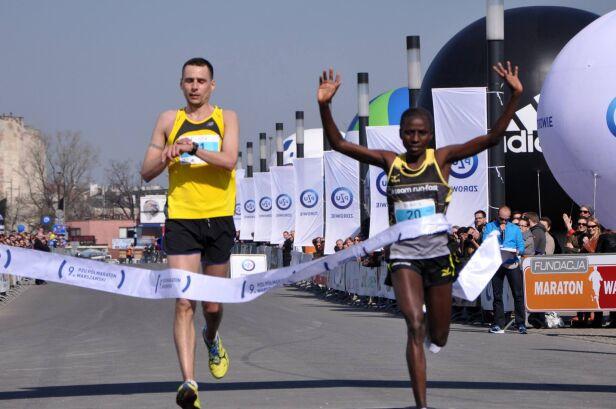 Njeru Polline Wanjiku - pierwsza kobieta na mecie Fundacja Półmaraton Warszawski