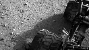 Curiosity stuknął roczek. 12 miesięcy z życia w dwie minuty