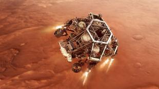 """Łazik Perseverance będzie eksplorował Marsa. """"Wszyscy liczymy na to, że znajdziemy ślady życia"""""""
