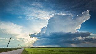 Pogoda na 5 dni: wielki niż przynosi niszczycielskie burze. Kiedy da nam odetchnąć