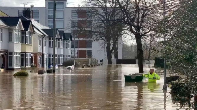 To nie koniec gwałtownej pogody. <br />Wielka Brytania szykuje się na ulewny deszcz