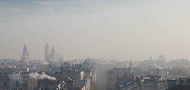 Fatalna jakość powietrza w Zgierzu. Smog też w Lublinie, Tarnowie i innych miastach